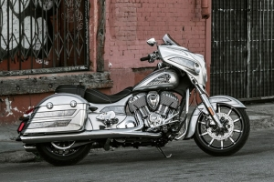 Spearfish painters turning heads with Indian Chieftan Elite